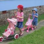 Dětské kočárky a panenky