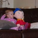 Dítě a televizní přijímač
