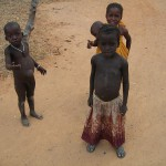 Zatímco naše děti studují, africké musí pracovat…