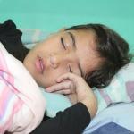 Jak odnaučit dítě spát s rodiči